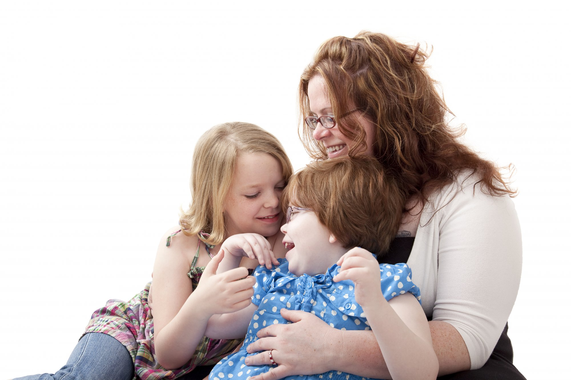 Boy with shoulder dystocia sitting with his sister, mom | Erb's palsy lawyers NJ, NY